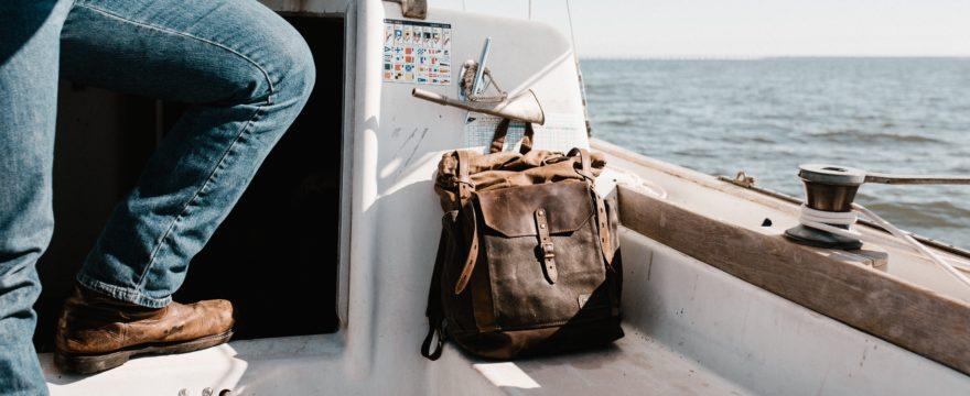 Cómo hacer la maleta perfecta para un viaje en barco