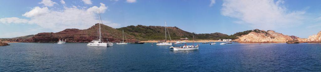 Panorámica de Cala Pregonda. Definitivamente es una de las calas que visitar en Menorca