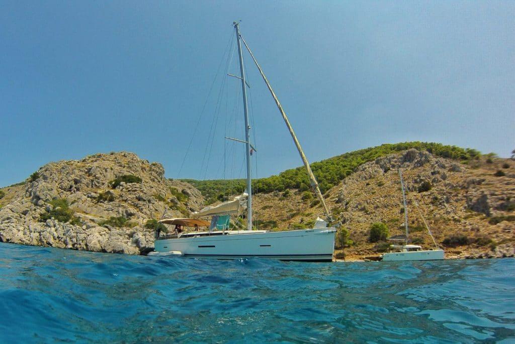 Dufour 450GL en un viaje en velero en Grecia